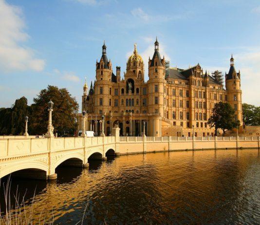 Das Landesportal Mecklenburg-Vorpommern ab sofort auf Russisch und in Leichter Sprache
