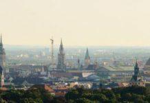 Mit dem Münchner Kindl Münchner Kinder unterstützen