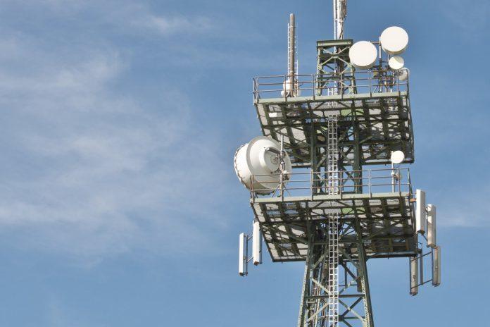 Deutsche Telekom erhöht Ergebnis- und Cashflow-Prognosen für 2018