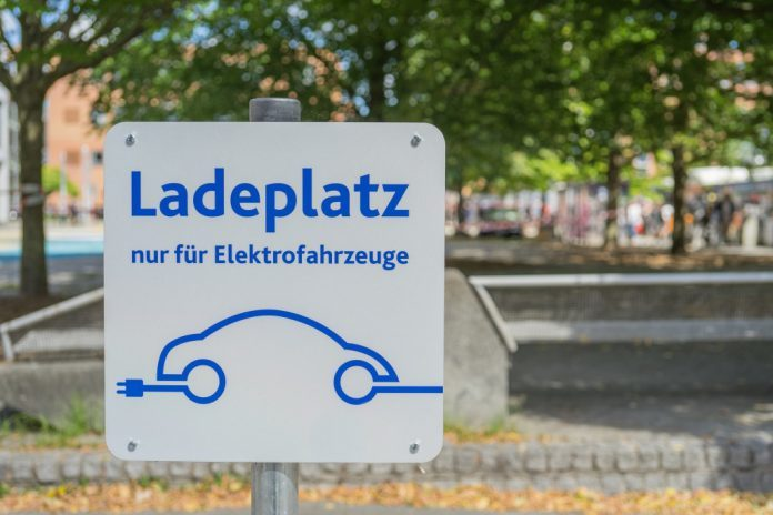 Elektromobilität: Telekom mit einheitlichem Ladetarif