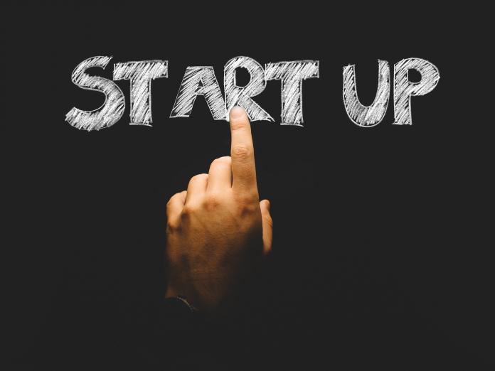 Brücken zwischen Startups und etablierten Unternehmen schlagen